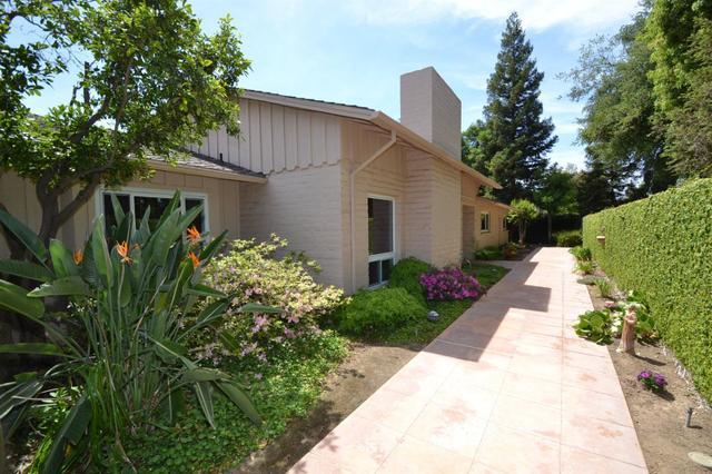 424 E Ashlan Ave, Fresno, CA