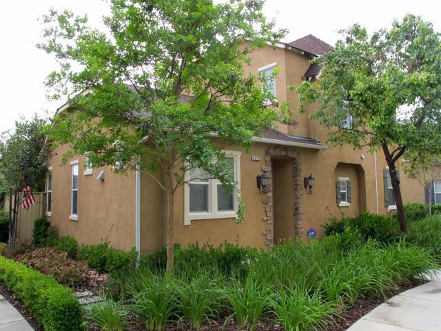 4015 Harlan Ranch Blvd, Clovis CA 93619