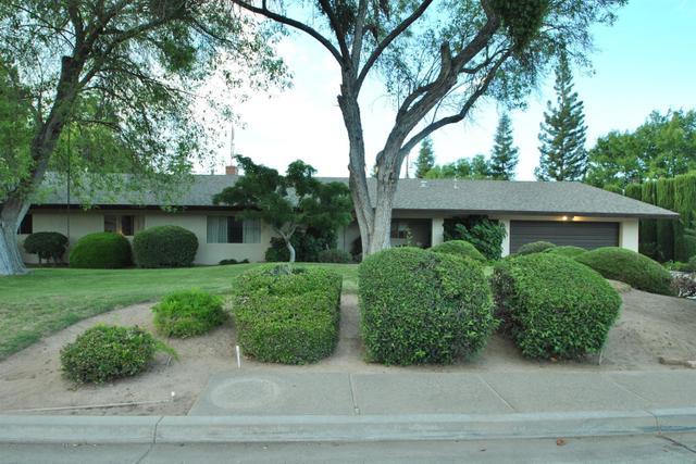 2520 W Morris Ave, Fresno, CA