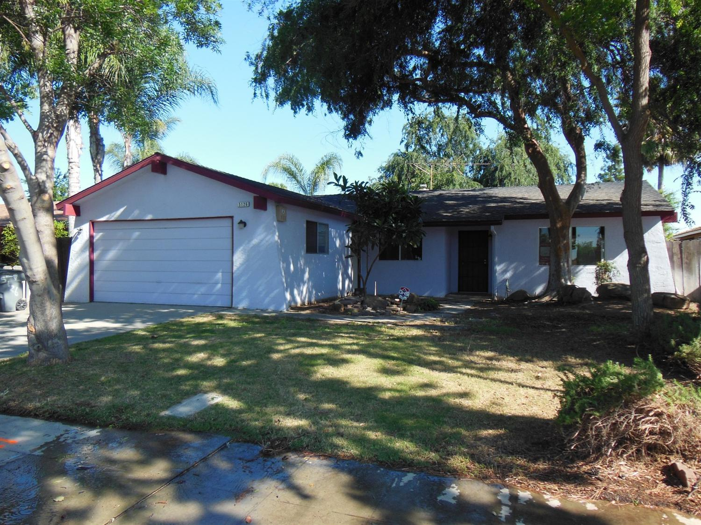 5126 W Indianapolis Avenue, Fresno, CA 93722