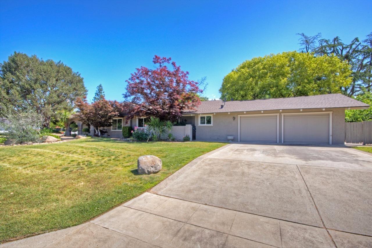 6436 N Lafayette Avenue, Fresno, CA 93711