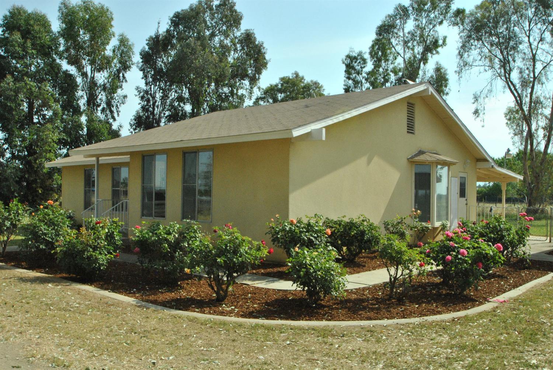 7601 E Alluvial Avenue, Clovis, CA 93619
