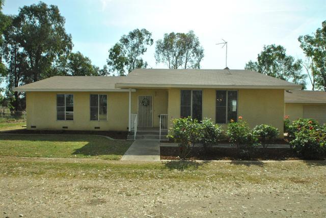 7601 E Alluvial Ave, Clovis, CA 93619