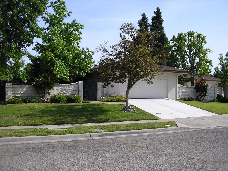 1710 W Calimyrna Ave #APT A, Fresno, CA