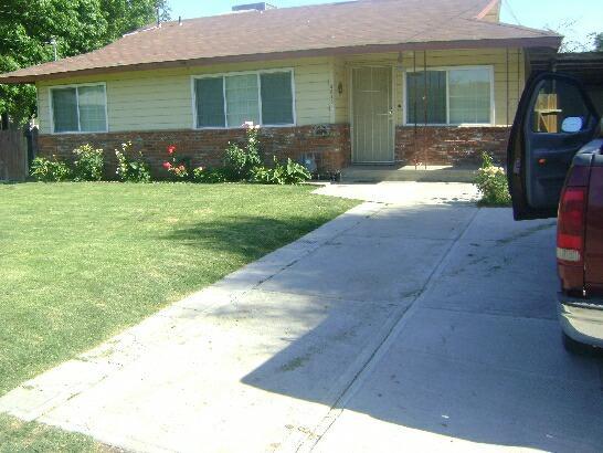3373 W Kruger Ave, Riverdale, CA 93656