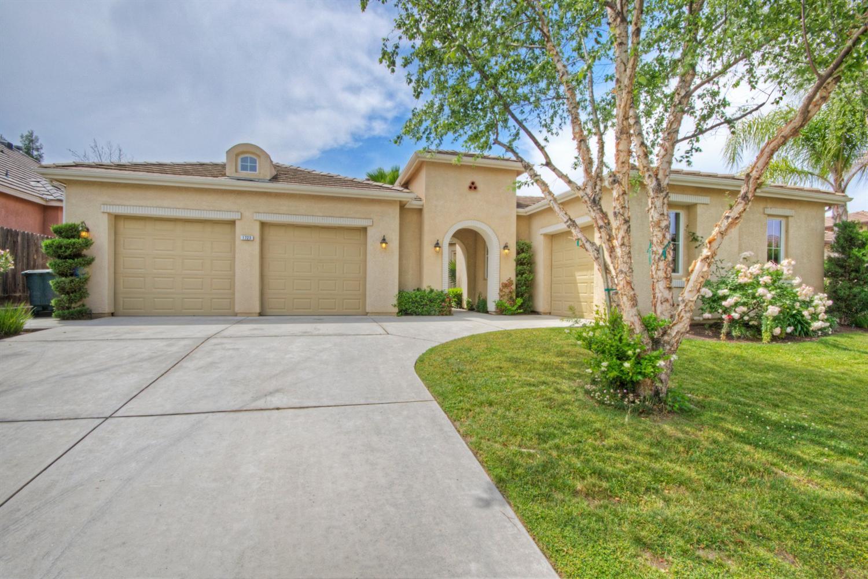 1723 E Banwell Ln, Fresno, CA