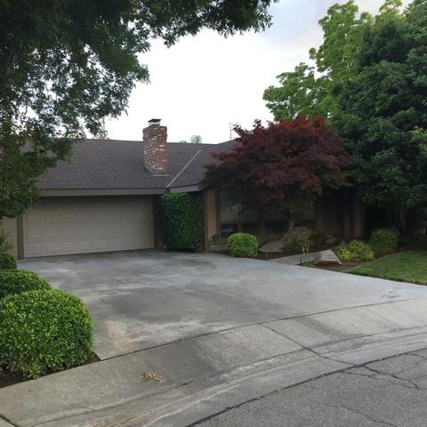 627 W Sycamore Ct Reedley, CA 93654