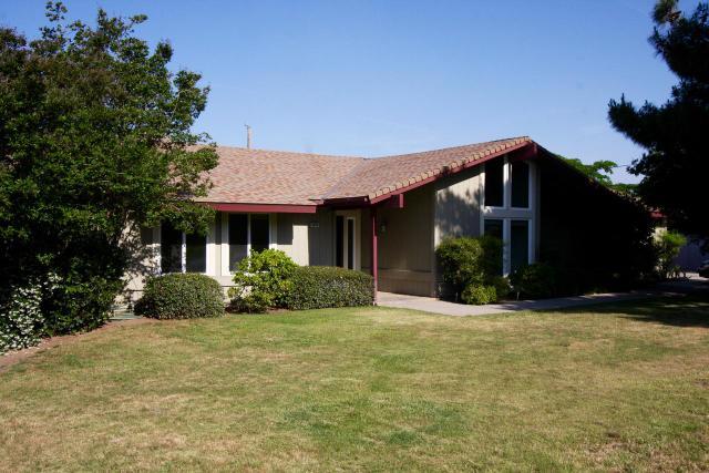 3073 N Blythe Ave, Fresno, CA