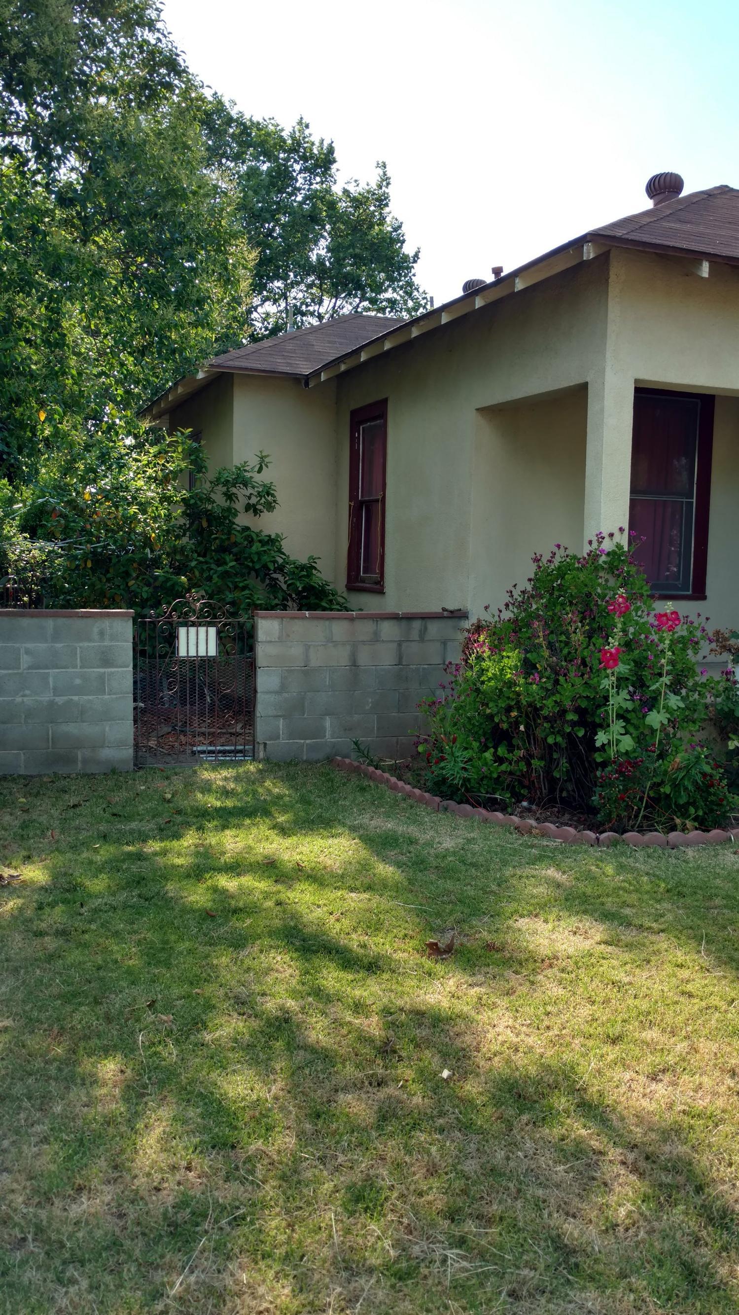 801 Hoag Avenue, Sanger, CA 93657