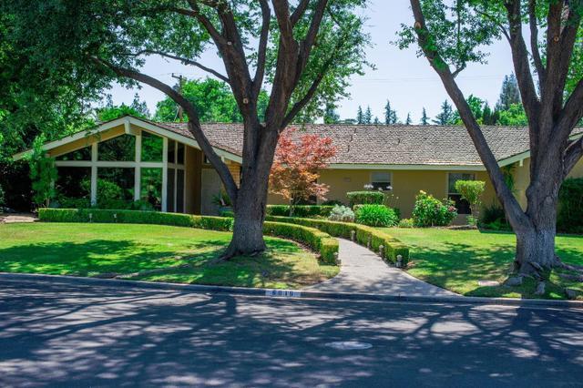 6016 N Kavanagh Ave, Fresno, CA 93711