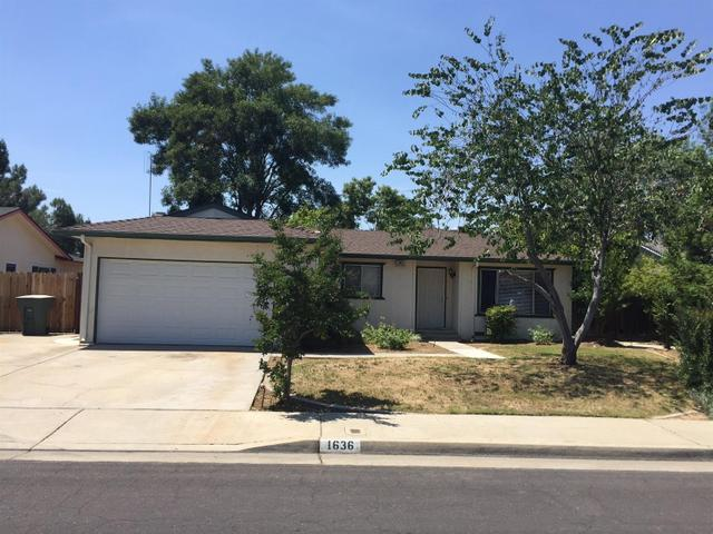 1636 Burgan Ave, Clovis, CA