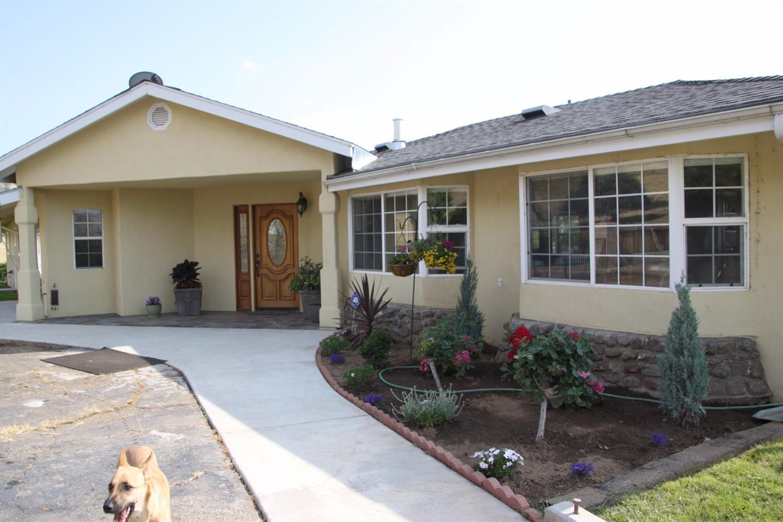 3608 Cove Avenue, Reedley, CA 93654