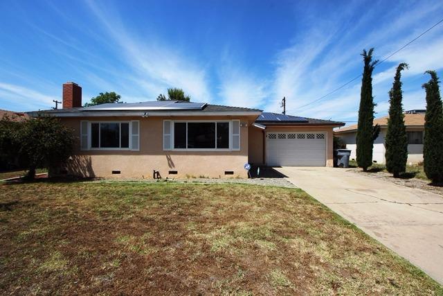 903 W San Gabriel Ave, Clovis, CA 93612