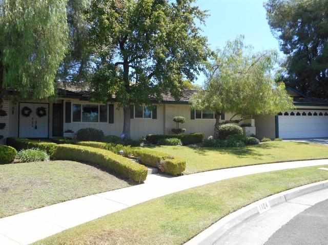 1104 W Tenaya Way, Fresno, CA