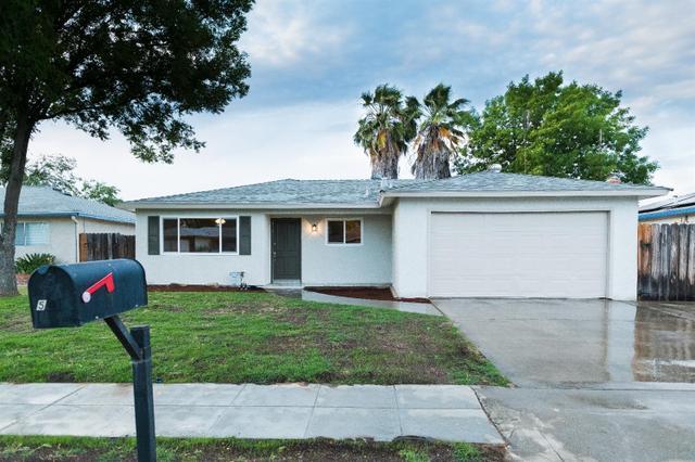 5933 E Lansing Way, Fresno, CA