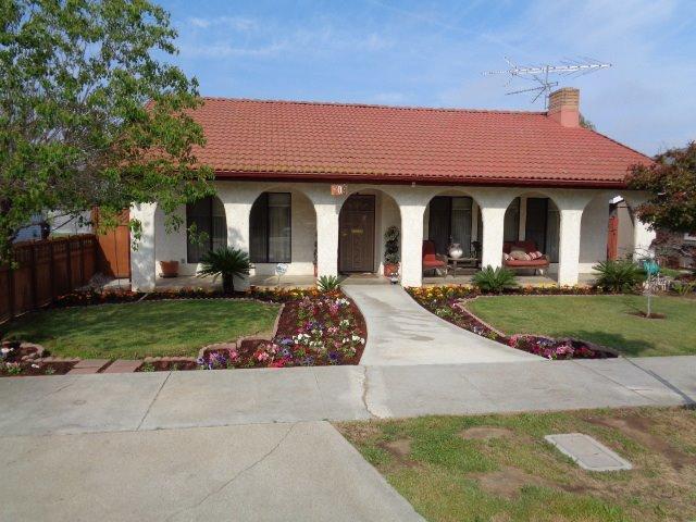 809 N Acacia Ave, Reedley, CA