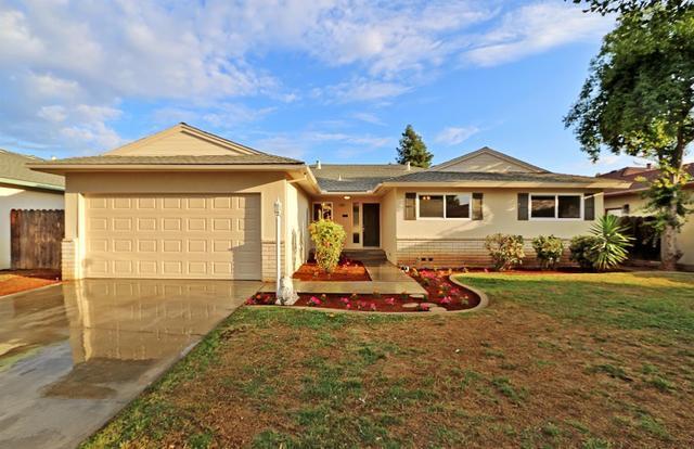 1545 E Vartikian Ave, Fresno, CA
