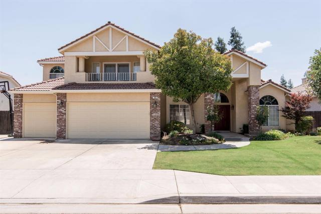 534 W Quincy Ave, Clovis CA 93619