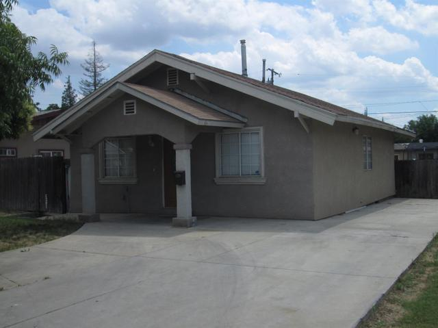 1341 D St, Reedley, CA
