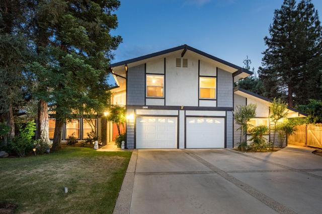 481 E Prescott Ave, Fresno, CA