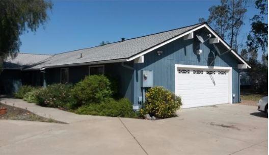 8386 N Madsen Ave, Clovis, CA 93619