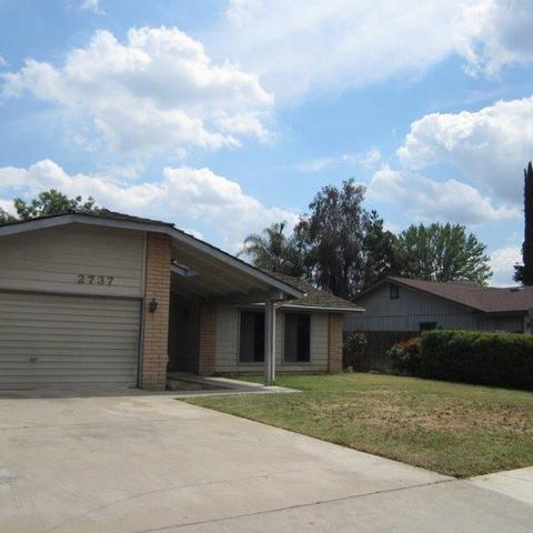 2737 W Victor Ave, Visalia, CA