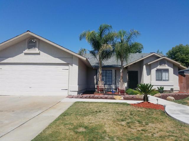 1607 Orchard Ln Reedley, CA 93654