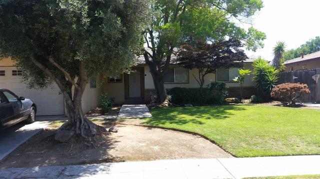 1729 W Palo Alto Ave, Fresno CA 93711