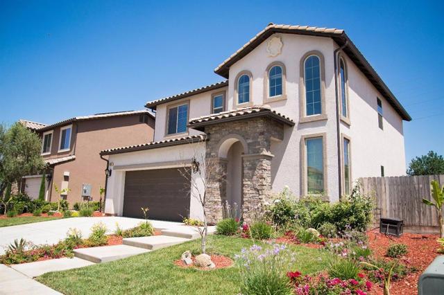 5921 E Eugenia Ave, Fresno, CA