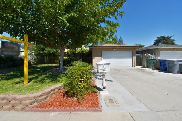 1645 Peach Ave, Clovis, CA 93612