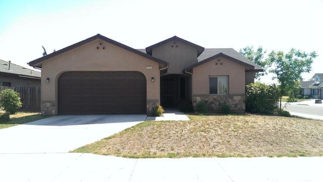 2528 N Incline Ave, Fresno, CA 93722