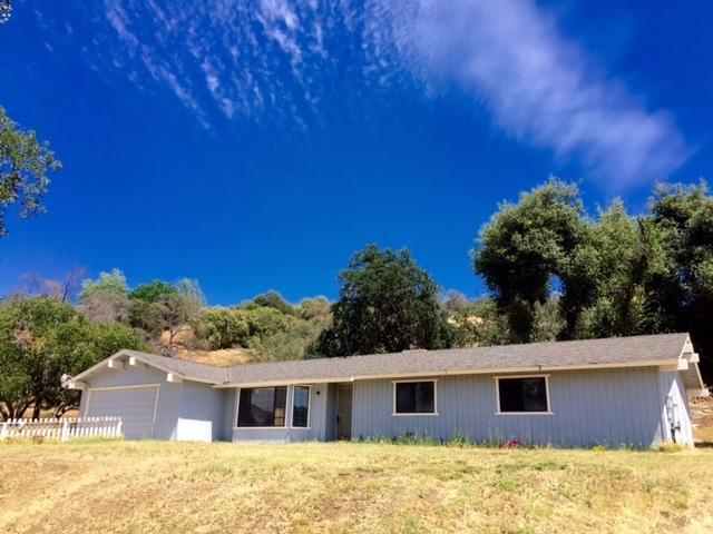 34819 Bronco Lane, Squaw Valley, CA 93675