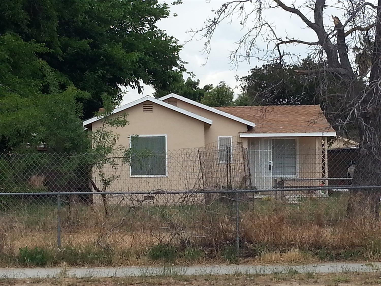 4685 E Tyler Avenue, Fresno, CA 93702