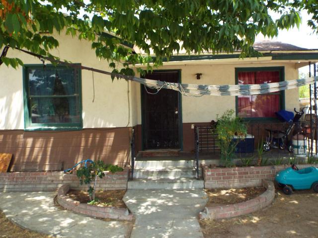 604 N Sierra Vista Ave, Fresno, CA 93702