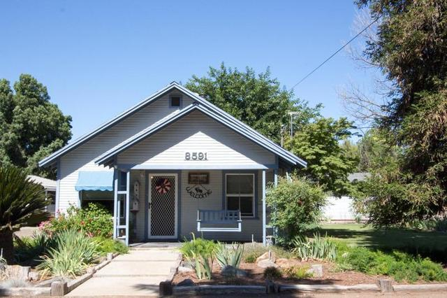 8581 S Columbia Ave, Reedley, CA 93654
