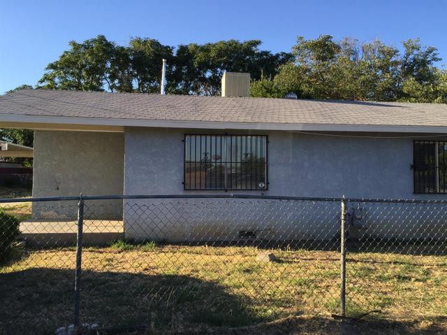 931 E Samson Ave, Fresno, CA 93706