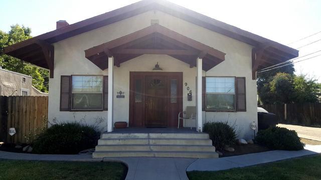 906 Kaweah St, Hanford, CA 93230
