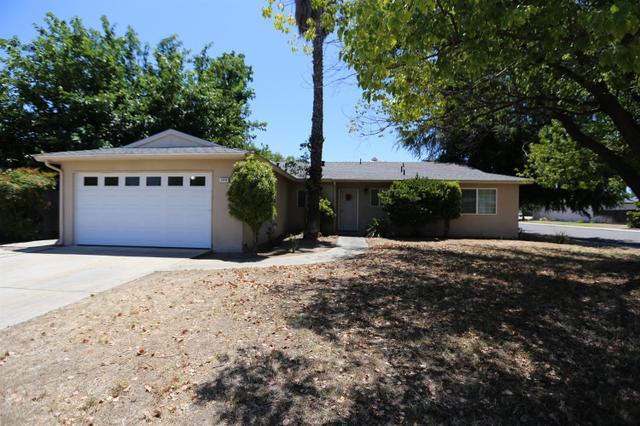 1606 Pico Ave Clovis, CA 93611