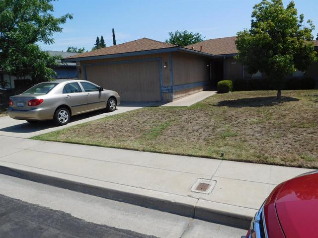 2987 Terry Ave Clovis, CA 93612