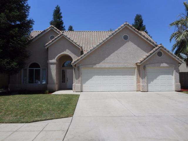 827 E Palo Alto Ave Clovis, CA 93612