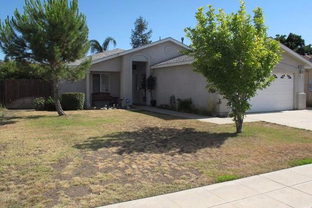 2670 Alamos Ave Clovis, CA 93611