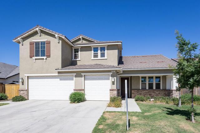 988 Blackwood Ave Clovis, CA 93619