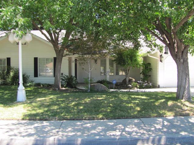 517 Adler Ave, Clovis, CA 93612