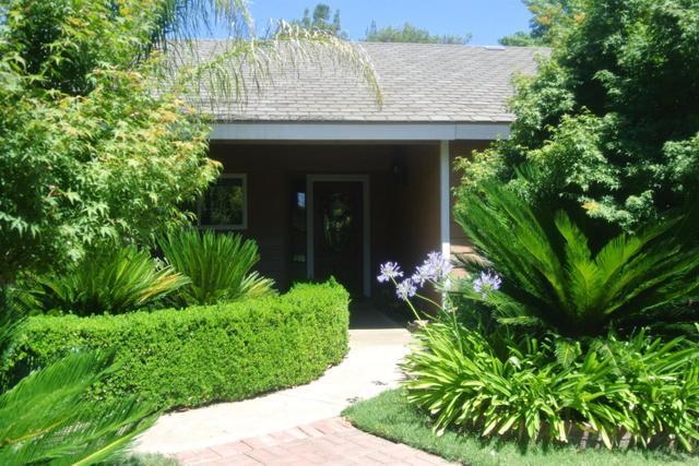 35 N Pierce Ave Clovis, CA 93612