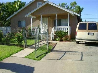 422 W Spruce Ave Fresno, CA 93650