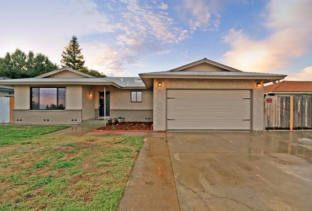 2136 E Sierra Ave Fresno, CA 93710