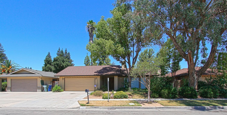 176 W Portland Avenue, Fresno, CA 93711