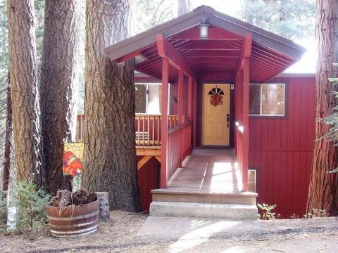 1144 Railroad Ave, Fish Camp, CA 93623