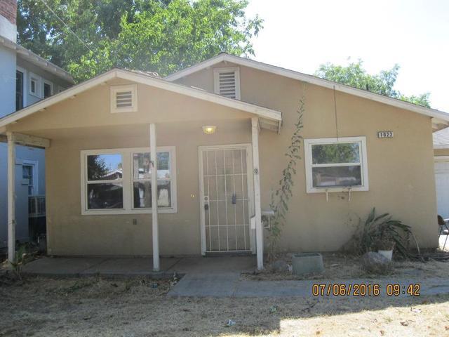 1022 N Ferger Ave, Fresno, CA 93728