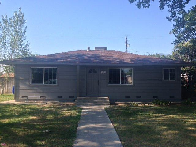 373 W University Ave, Coalinga, CA 93210